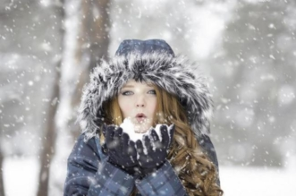 Hiver Femme neige Froid maigrir